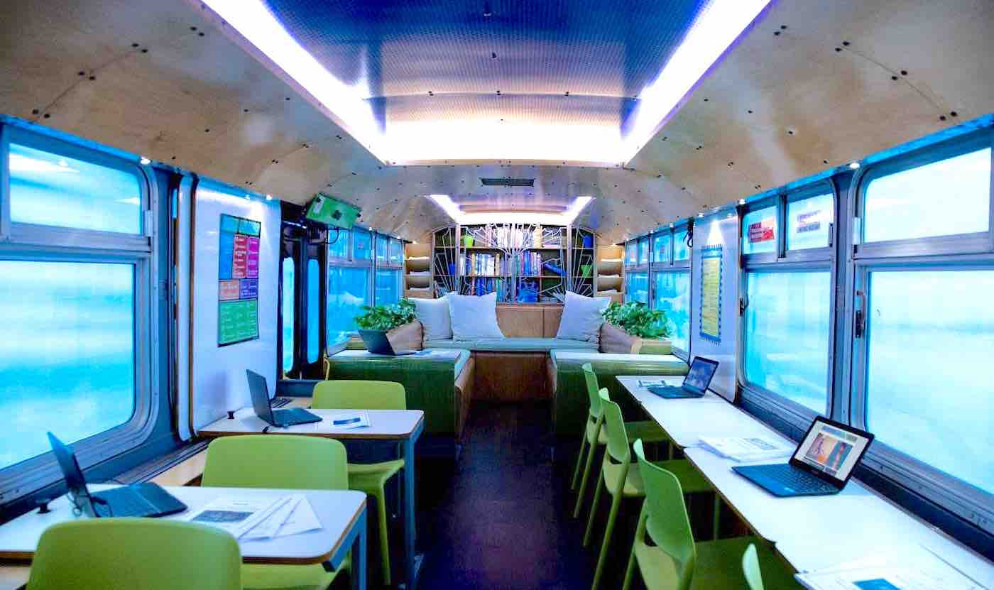 Bus Transformed into Mobile Classroom Lets Thousands of