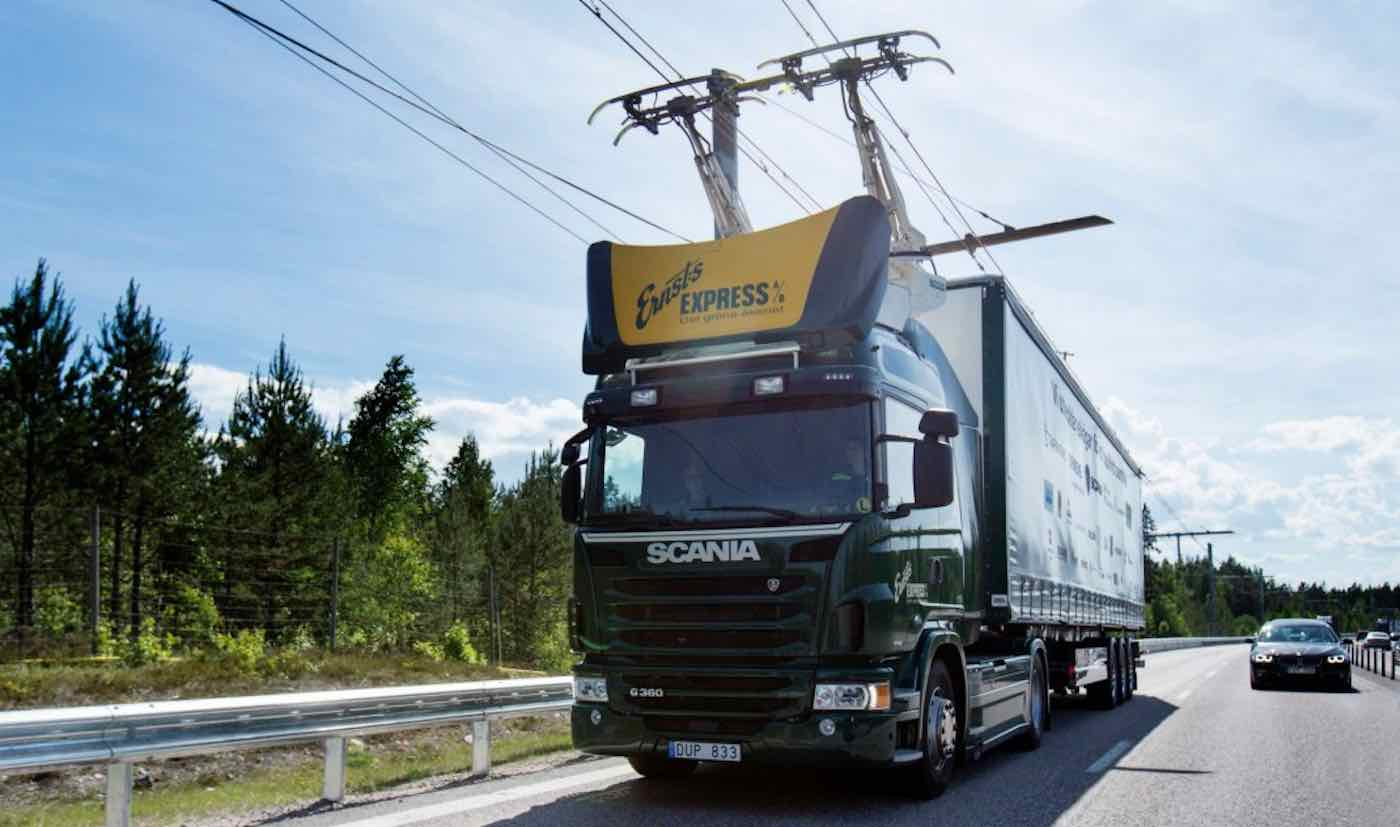 Germany Debuts First Overhead Lines For Keeping Electric Trucks Charged On The Highway
