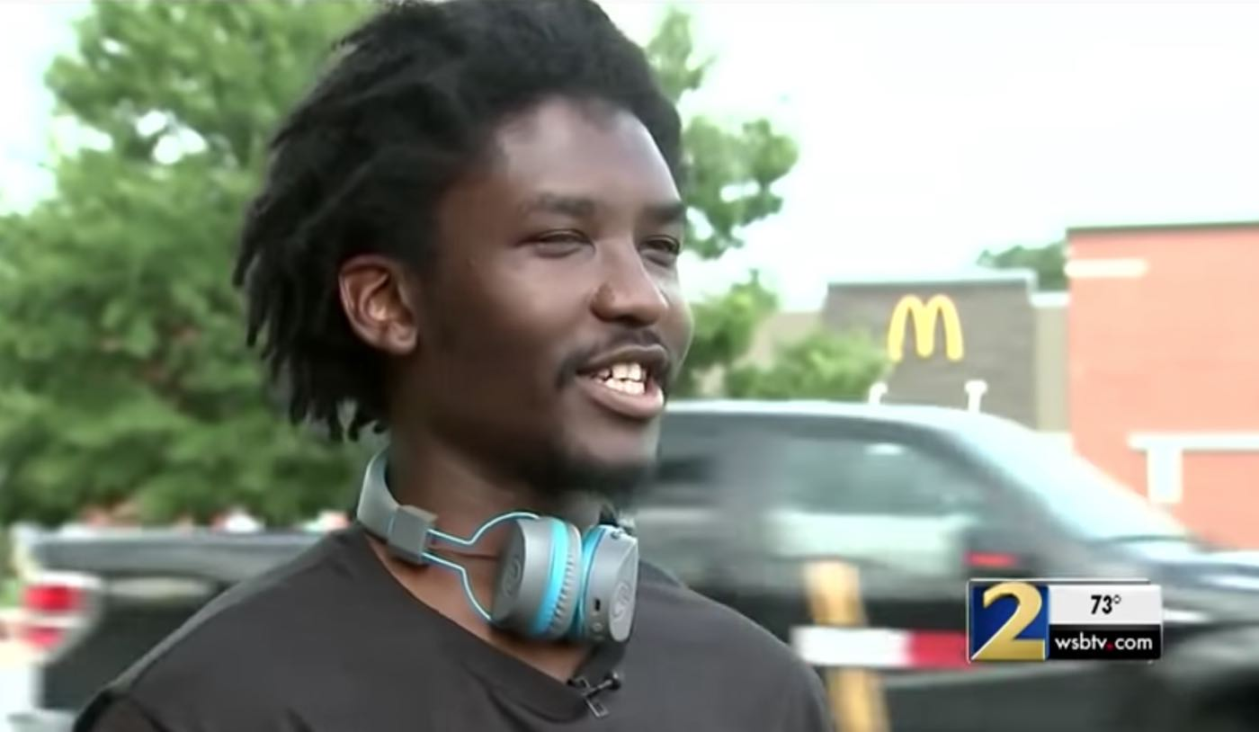 Homeless Dad Receives Flood of Support After Woman Tried to