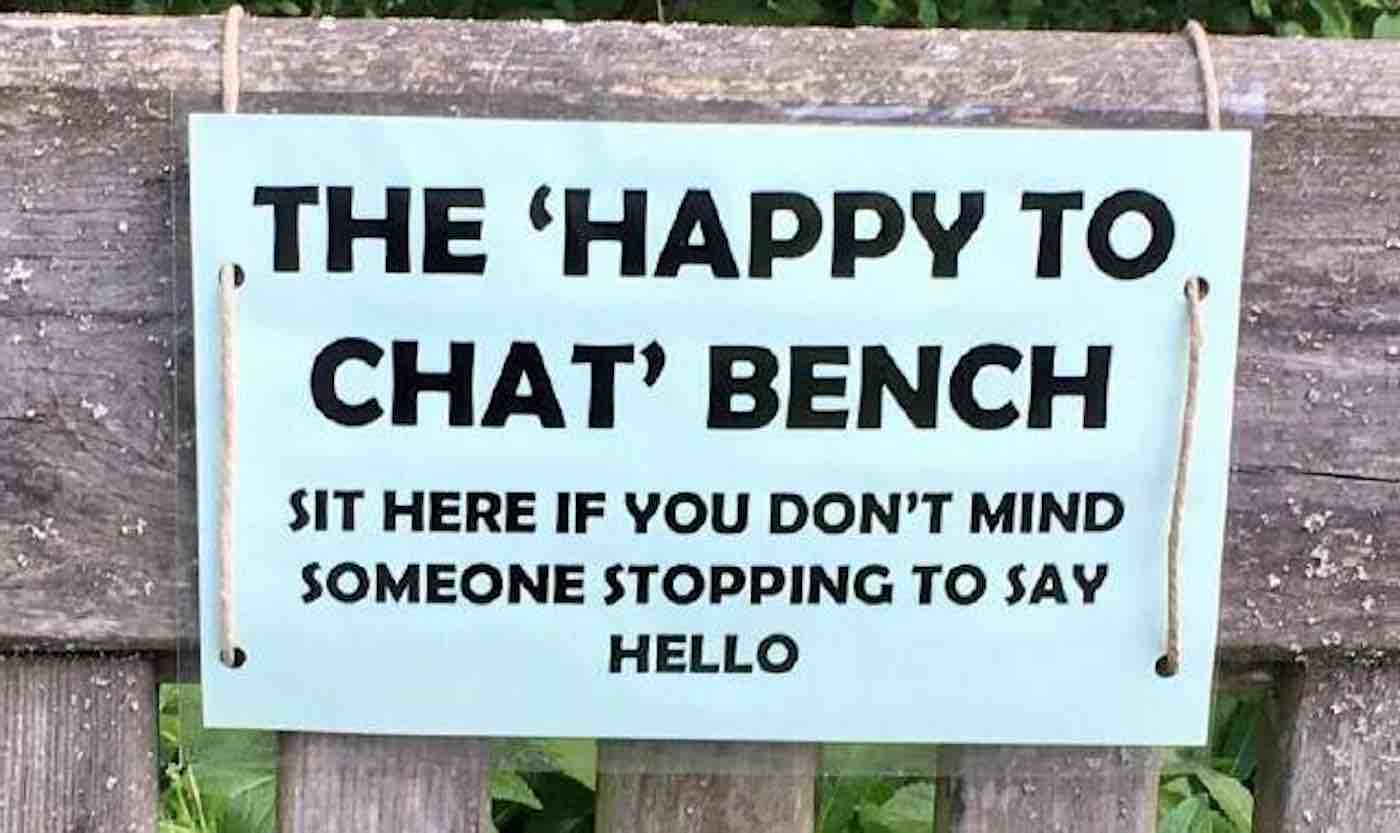 Police Are Fighting Social Isolation By Creating Public 'Chat Benches' for Strangers to Chat