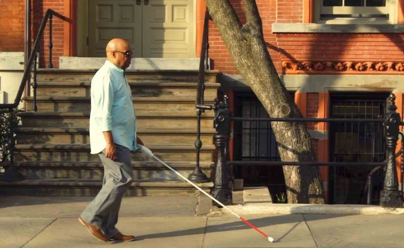 Blind Man Develops Smart Cane That Uses Google Maps and Sensors to Identify One's Surroundings