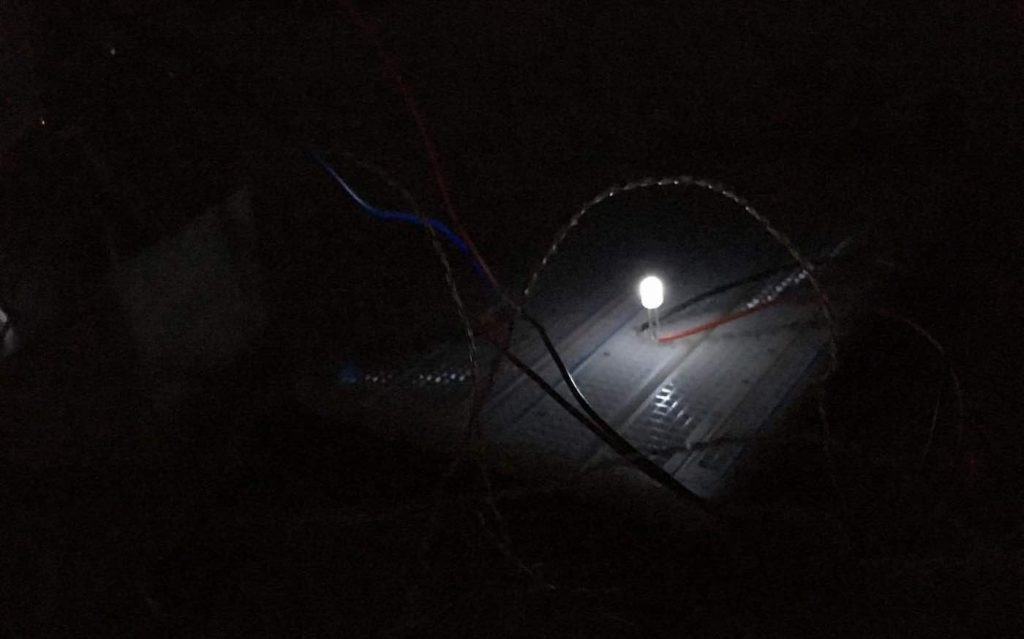 This Cheap Little Device Generates Light and Electricity Simply By Harnessing the Cold Night Sky