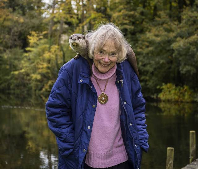 This Woman and Her Pet Otters Have Spent the Last 40 Years Protecting the Species From Extinction in England