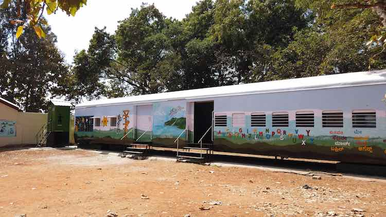 Students Are Returning to Indian School After It Transformed Two Old Train Cars into Vibrant Classrooms