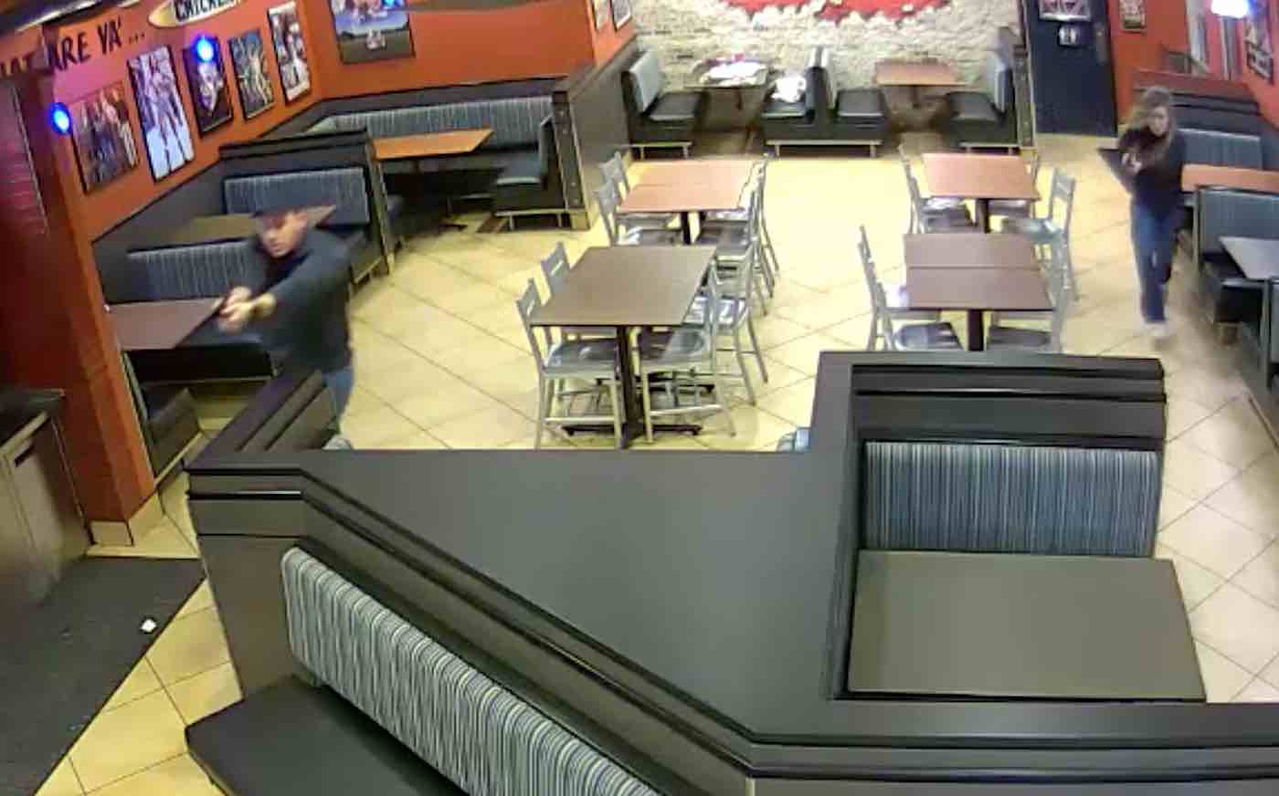 Fowl play: Man's chicken restaurant robbery foiled by police