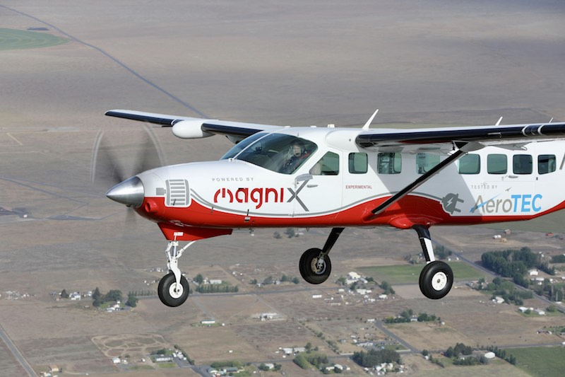 magniX electric passenger plane