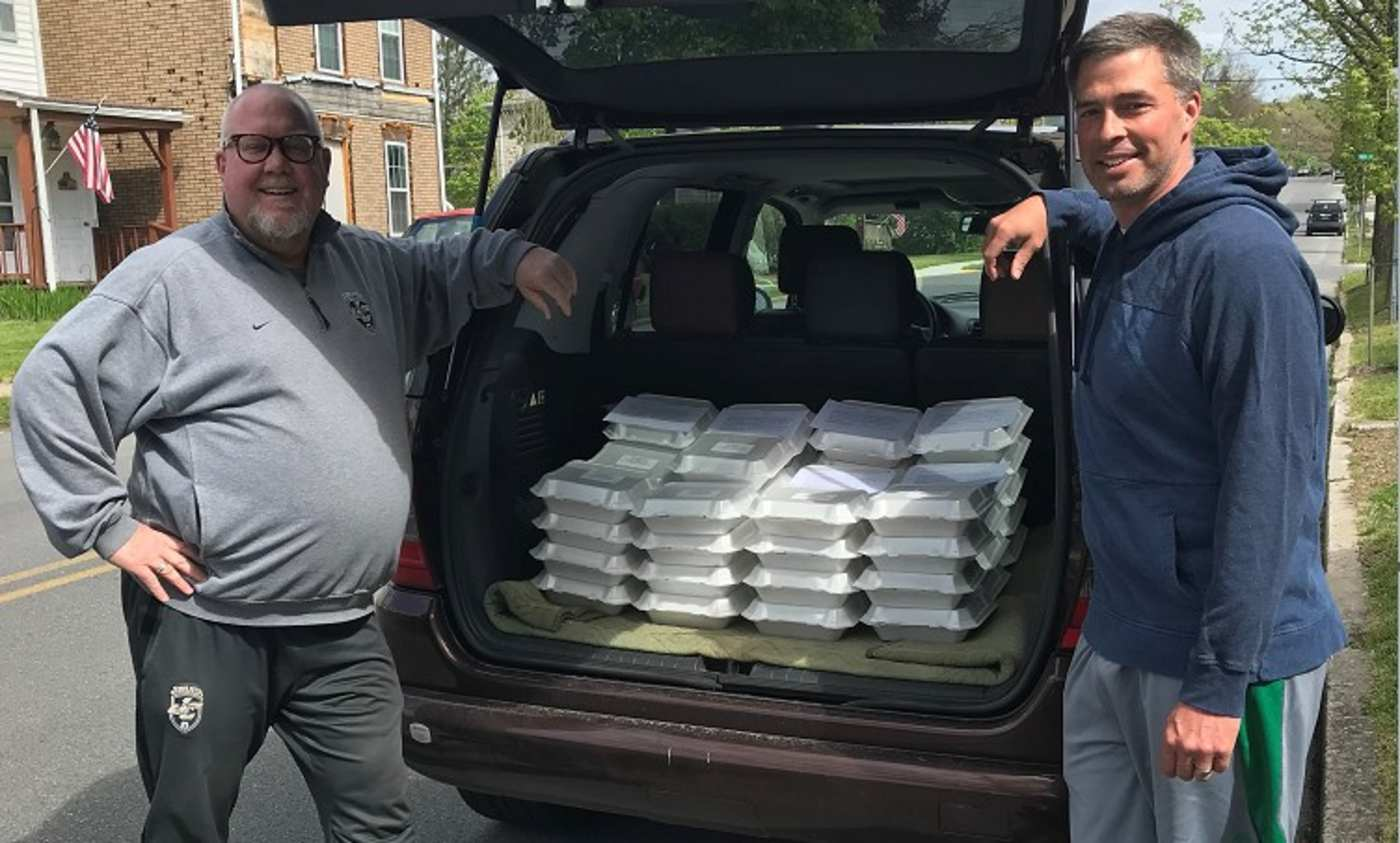 what-started-as-a-joking-bakeoff-between-dads-led-to-15000-cookies-being-delivered-to-essential-workers