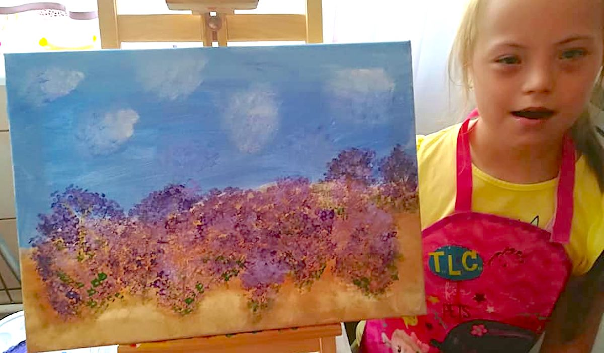 Polish Girl With Down Syndrome Sends Painting to Queen Elizabeth and is 'Over the Moon' Receiving a Reply - LOOK